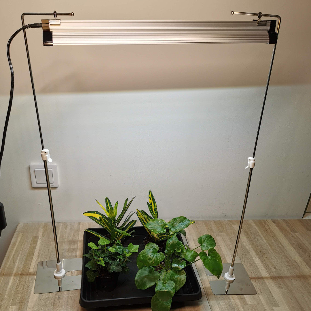 Stand for Led Grow Light